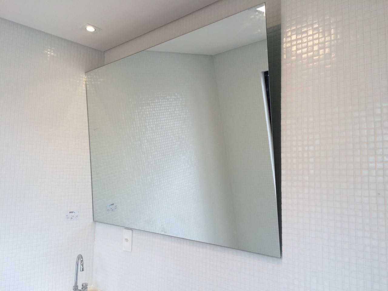 Espelho P.N.E.